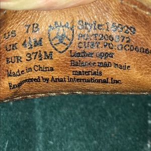 Ariat Shoes - Ariat Womens distressed slip on shoes size 7 B